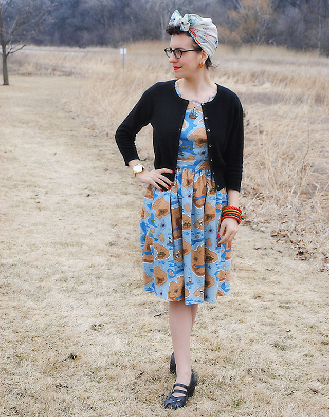 Cliffs of Insanity dress - variation on Simplicity 1523 (1945)