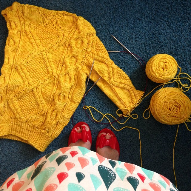 Finally back to finishing the sweater I had originally planned to knit for our trip to Dublin...which was in May. Better late than never! ??