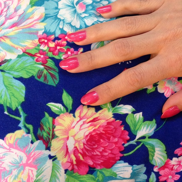 Painted my nails yesterday and now I really want to sew with this jersey that matches! Except I have every shade of blue thread but one that matches. I'm thinking pink topstitching. I feel like people don't