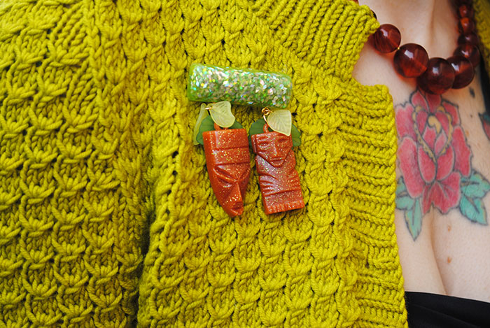 By Gum, By Golly tiki brooch