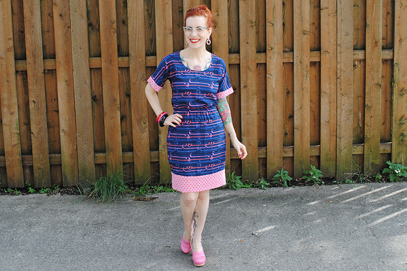 My Bettine hack tutorial at Sew Your Hart Out (and showing you my new dress)