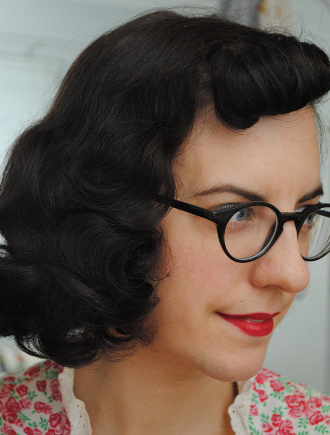 A Fast Roller Set For Everyday Vintage Hair By Gum By Golly
