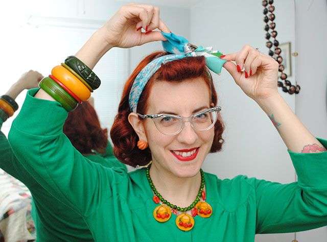 A vintage hairstyle trick to hide bangs