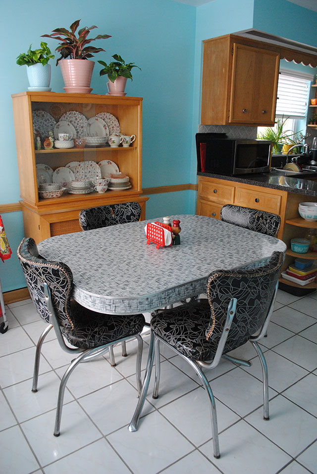 dinette-table